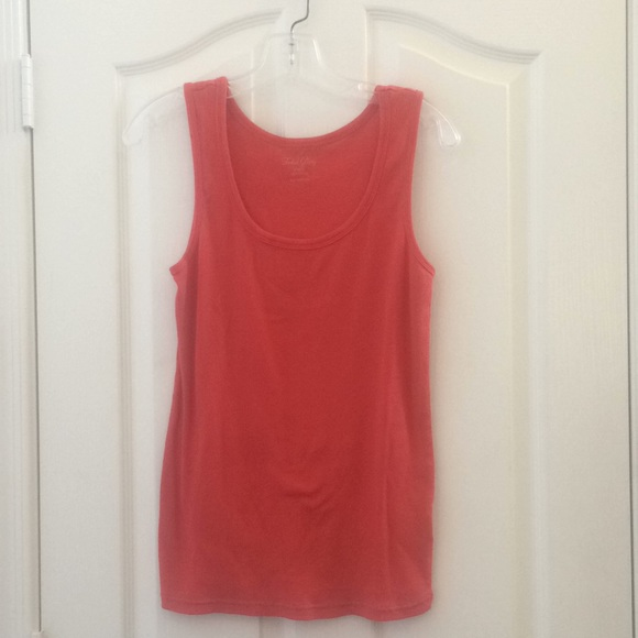 Faded Glory Tops - Ladies faded glory ribbed tank large